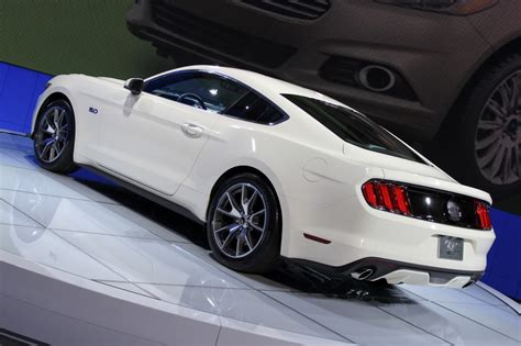 Mustang New York Auto Show 2015 by 2015 Ford Mustang At New York Auto Show