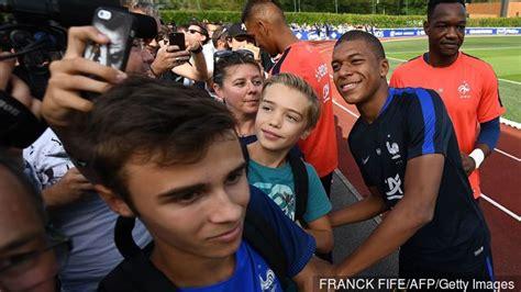 kylian mbappé value kylian mbapp 233 going home to paris with sights on neymar