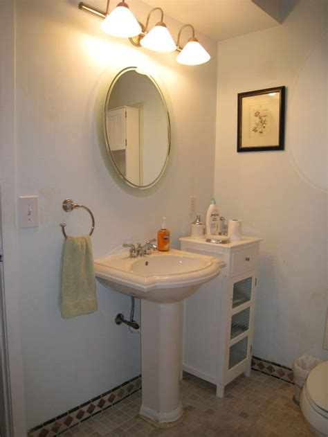 small bathroom pedestal sink ideas top 25 best pedestal sink bathroom ideas on