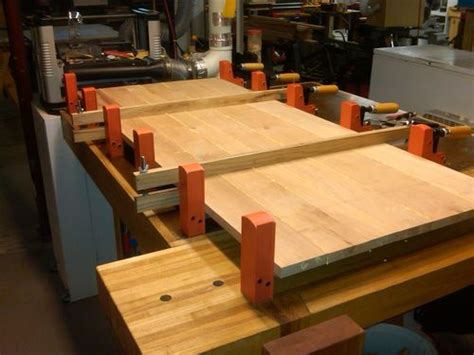 woodworking caul your table saw as a biscuit joiner jig by techredneck