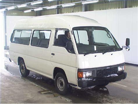 nissan van 15 100 nissan van 15 passengers ford transit 12