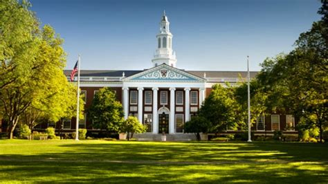 Hbs Mba Ms by Bomb Threat In Harvard Business School Cus 7 Buildings