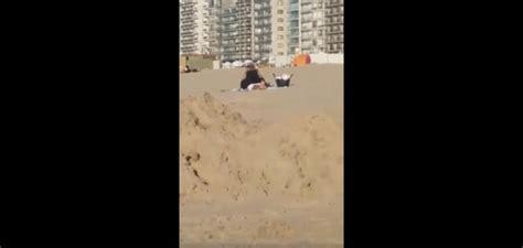 faire l amour sur un canapé vid 233 o un fait l amour sur la plage alors que des