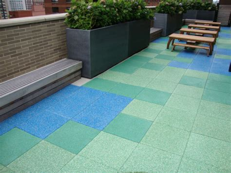 rubber st material roofing pavers each 2u0027x2u0027 paver is set on