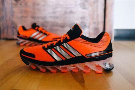 Sepatu Basket Adidas 8 Orange chaussure basket ressort