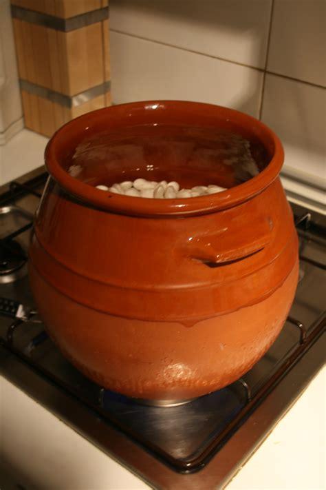hoya de cocinar file olla barro fabes 087 jpg wikimedia commons