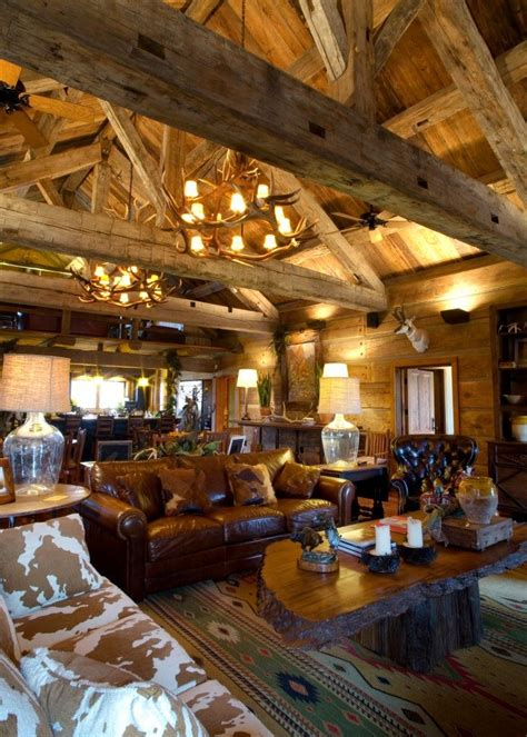 Best 20  Hunting Lodge Interiors ideas on Pinterest