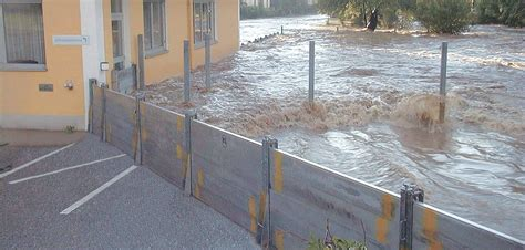 Temporary Wall by Flood Protection Flood Defence