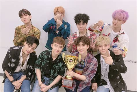exo variety shows 2017 show chion exo wins with ko ko bop kokobop1stwin