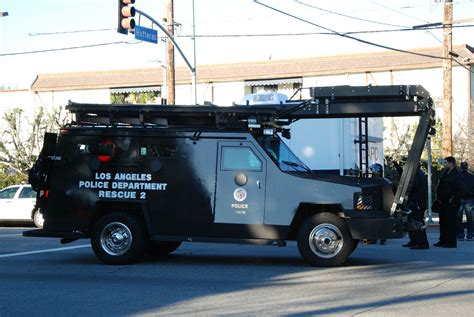 swat vehicles ca lapd swat