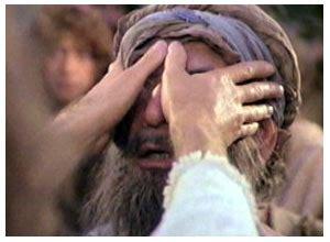 Buku Yesus Menolong Seorang Buta kis 9 32 43 petrus menyembuhkan eneas dan membangkitkan