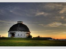 Round Barn, Farm Campus | Old barn at the University of IL ... Round White