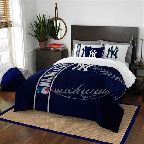 new york yankees comforter set queen 161 best images about yankees room on pinterest yankee