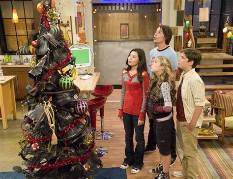 ichristmas icarly photo 33276013 fanpop