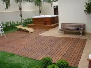deck e jardim deck madeia e pequeno decora 231 227 o e planejamento