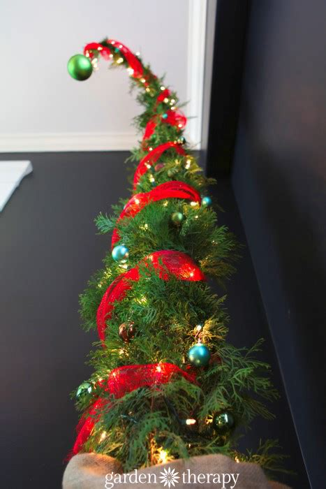 how to make a nine foot grinch tree