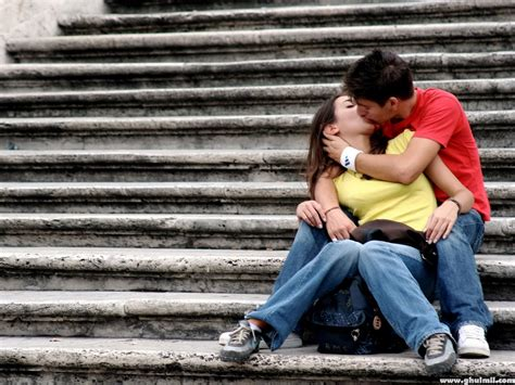 Images Of Love Kiss Hd | valentines day kiss hd wallpaper 2013 picture and image