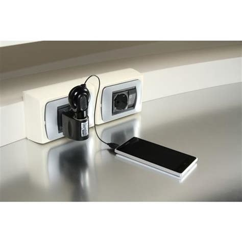 Adaptor Mobile Charge adaptor 230v gt 12v mobile charge home chargers