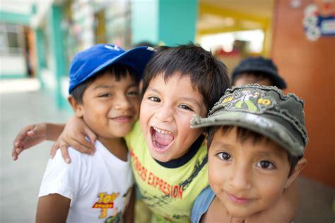 imagenes de niños indigenas jugando d 237 a mundial de la prevenci 243 n del abuso infantil drradio