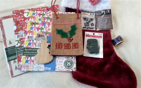 Christmas Candy Giveaways - christmas blog candy giveaway craftypaws