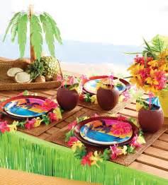 Great hawaiian luau party decorations 724 x 800 183 158 kb 183 jpeg