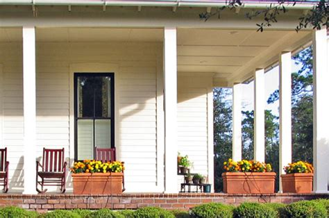 L Post Ideas by Small Front Porch Decorating Ideas