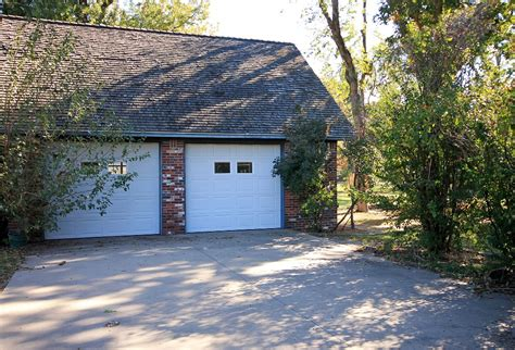 Garage Sales Tulsa Ok by Tulsa Ok Family Home On 1 Acre With Pool And 4 Car Garage
