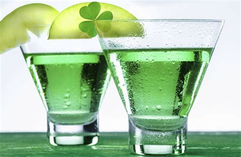 green cocktail green st patrick s day drinks non alcoholic and alcoholic