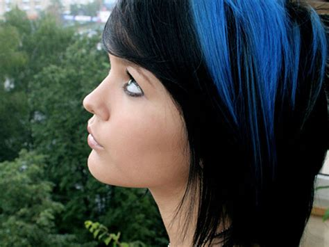 hairstyles add black with bluesh tones to dark brown hair 26 amazing two tone hairstyles for women pretty designs