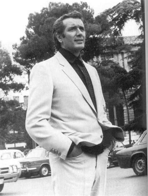 Web site of Italian tenor Franco Corelli