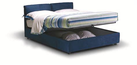 letto imbottito prezzi fiocco letto imbottito con contenitore letti a prezzi