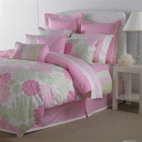 hibiscus bedding hibiscus hill by tommy hilfiger bedding pretty in pink