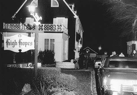 crime photos amityville horror defeo murders the amityville horror