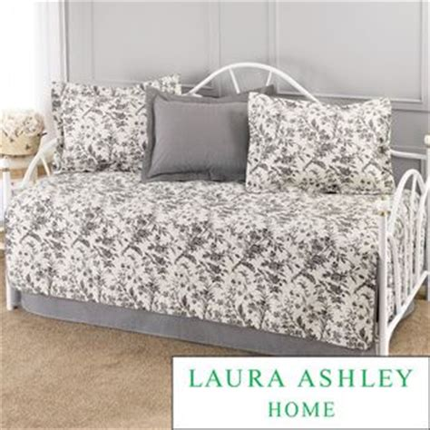 romance 5 piece comforter set 1000 ideas about daybed covers on pinterest daybed