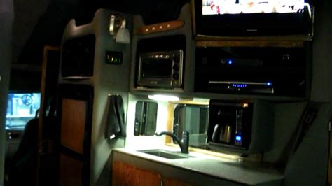 Truck Sleeper Interior by Custom Semi Trucks Sleeper Interiors Autos Post