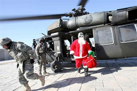 a soldier s christmas 30 holiday pix of troops overseas