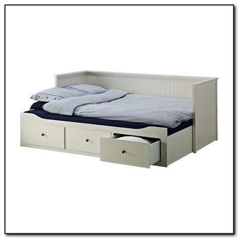 Ikea Daybed Trundle White Daybed With Trundle Beds Home Design Ideas Xxpye2zpby4105