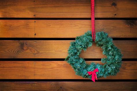 decorate  festivus chrismukkah   digital trends