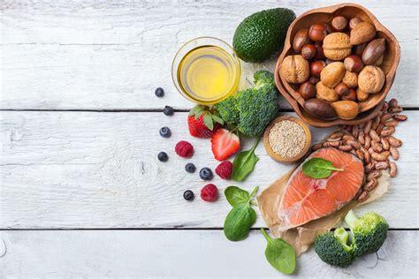 alimentazione per abbassare colesterolo 10 alimenti aiutano la dieta per abbassare il