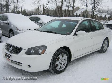 nissan altima white 2005 2005 nissan altima 2 5 s in satin white pearl 929213