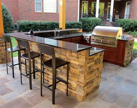 Backyard Restaurant Island by U Shape Outdoor Kitchen Island With Bar Top And Pergola