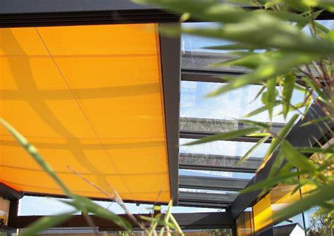 jalousie terrasse wintergarten beschattung durch markise jalousie gelbe