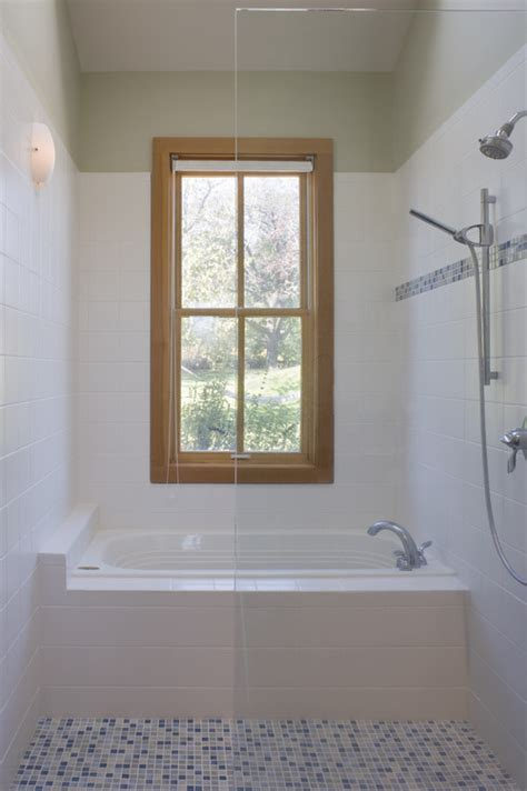 Bathroom Shower With Window Window In Bathtub Shower Area I Ve Been Told That Is Not A Idea Although I Like The Light