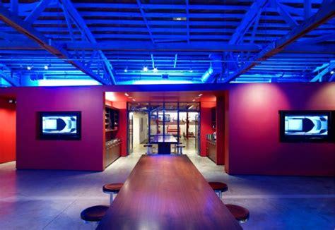 la show room tesla motors la flagship store is green tesla la showroom ccs architecture inhabitat
