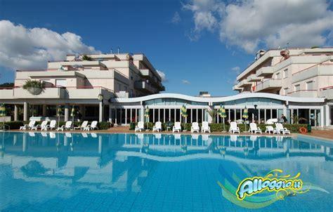 villaggio le terrazze grottammare club le terrazze hotel struttura 3 stelle a grottammare