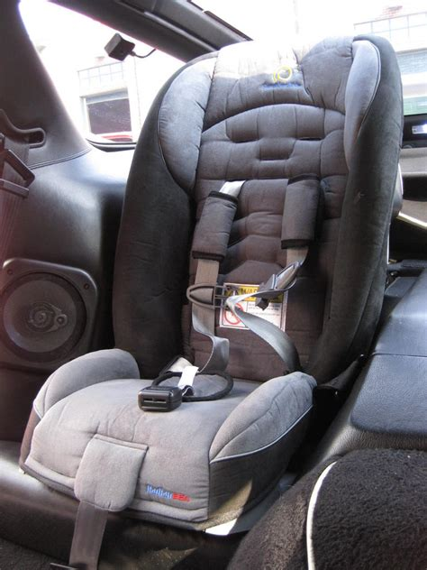 modern infant car seats fabulous baby car seats and toddler car seats are safe ergonomic and