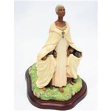 thomas blackshear the comforter thomas blackshear ebony visions the comforter figurine 07