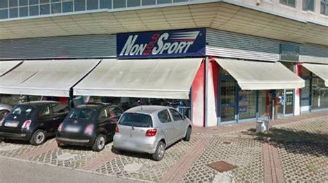 negozio di ladari santa croce ladri al negozio quot non sport quot reggiosera it