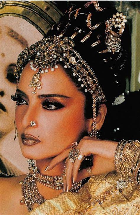 biography of film star rekha indian film star rekha classic movies movie stars