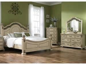 liberty furniture bedroom poster bed dresser and